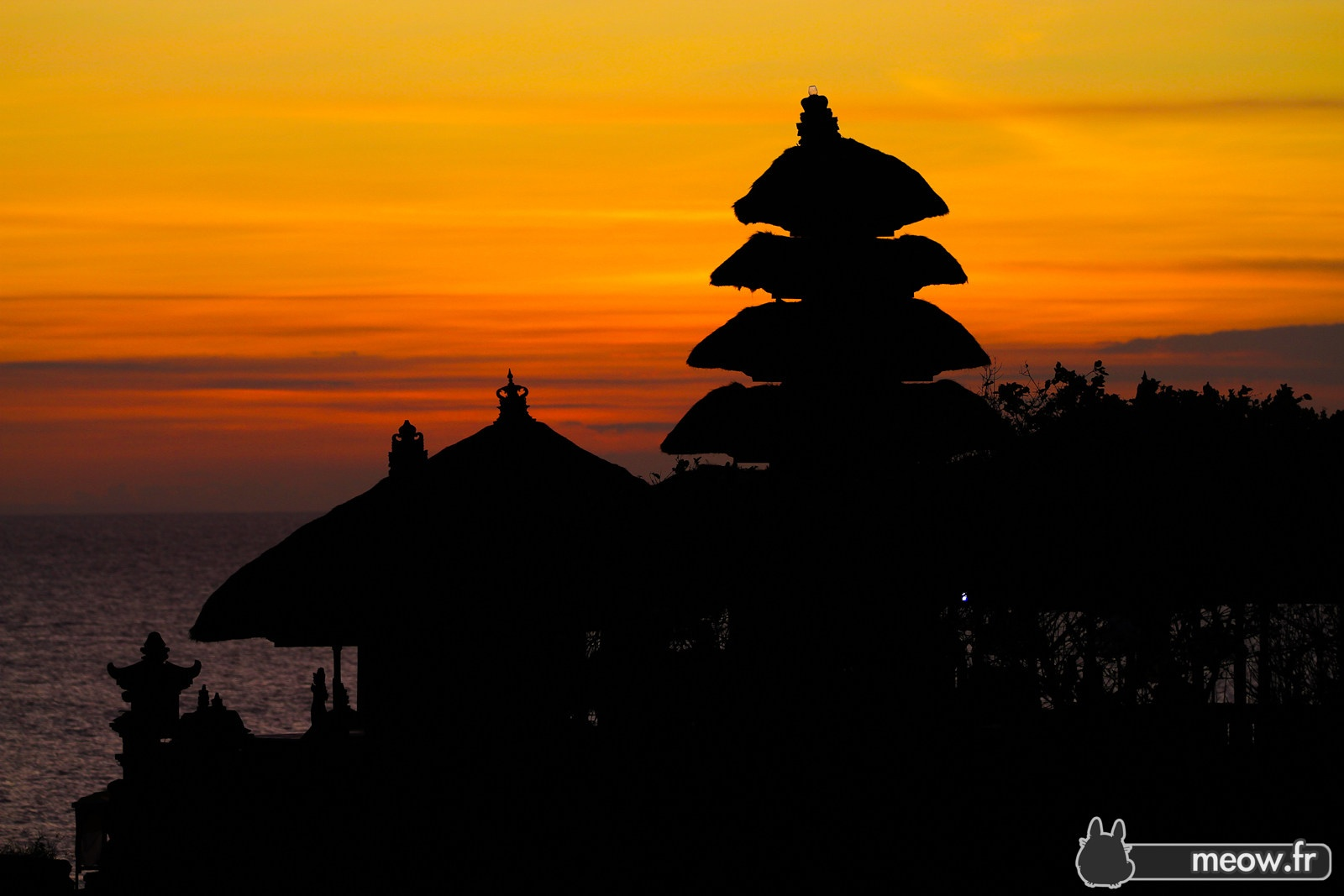Uluwatu Temple & Kecak Dance Tour